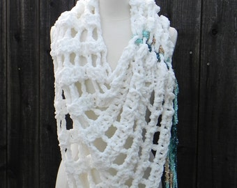 easy crochet poncho pattern, crochet wrap pattern, crochet shawl pattern, easy DIY poncho