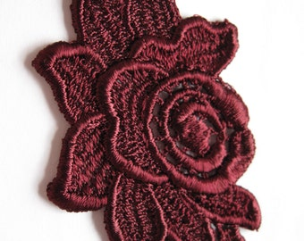 512-1 Burgundy Flower Applique