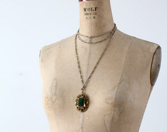 vintage pendant necklace, gold and green medallion on chain