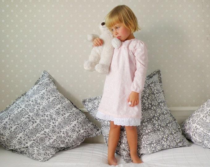 Little Girl Retro Style Nightgown, Elegant Sleepwear for Girls, Toddler Pink Nightgown, Little Girl elegant Pink Pajamas, Winter Sleepwear