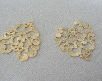 Matte Gold Tarnish Resistant heart  Shaped Connectors, Earring Findings, Big Heart pendants, 2 pc SE82768