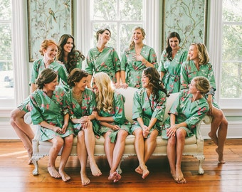 Teal Bridesmaids Robes. Bridesmaid Robe. Bridesmaid Gift. Bridal Shower Gift. Kimono Robe. Bridal Robe. Modern Kimono Golden Garden Teal.