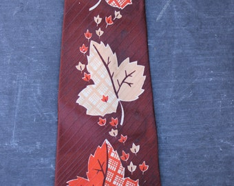 Vintage Mod Wide 1940s Haband Tie with Maple Leaves PRICE REDUCED