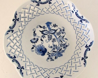 Blue and White Porcelain Danube Pierced Fruit Bowl