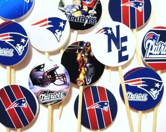 15 New England Patriots Football Party Picks - Cupcake Toppers - Toothpicks - Food Picks - FP499