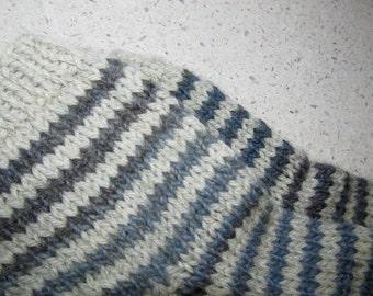 S-M khaki & gray multi colored wool striped lounging socks
