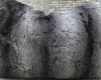 3BModliving Faux Fur Luxe Pillow Cover  Lumbar,16 x x16 - Charcoal and  Greige