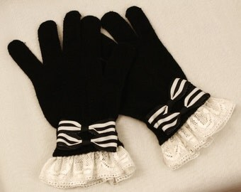Made to order: Black Sailor Gloves