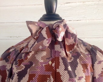 Vintage Secretary Shirt - Retro-Patterned Blouse with Pussy Bow