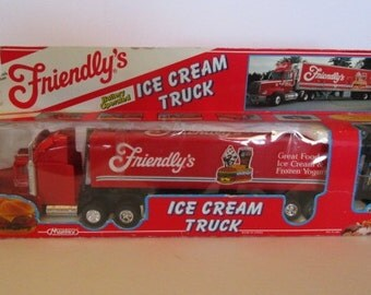 "Vintage 1992 "" Friendly's"", battery operated ice cream tractor trailer,  in the box!"