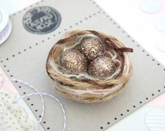 Sparkle Egg Bird Nest Magnet - Easter Magnet - Nature Office Decor - Refrigerator Magnet - Bird Nest Magnet - Vintage Easter Egg Decorations
