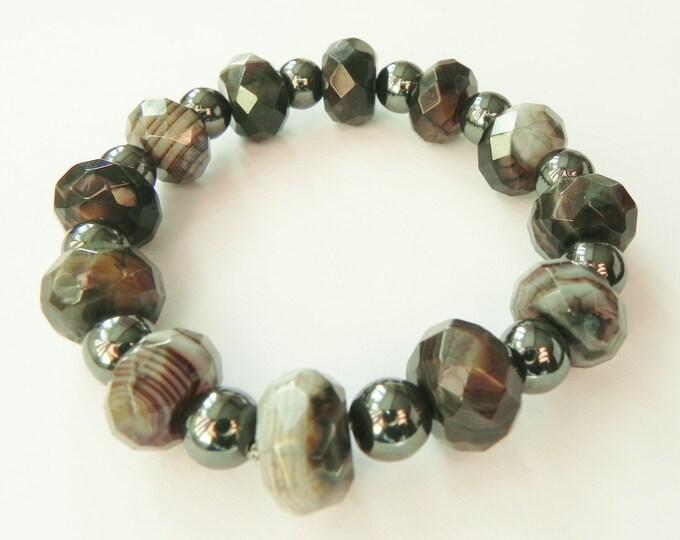 Black and gunmetal grey gemstone bracelet with agate and haematite, beaded gemstone bracelet, grey gemstone, gray bracelet