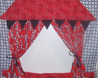 Out West Doorway Puppet Theater for Imaginative Play with carry bag and storage pockets