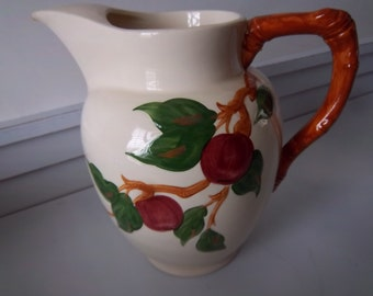 Franciscan Large 64 oz. Water Pitcher with Ice Spout   Apple Pattern