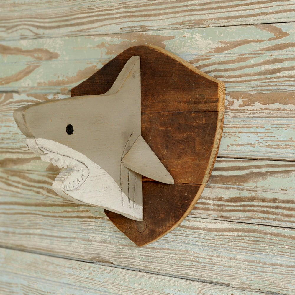 Wooden shark head shark decor trophy head kids baby nursery for Requin decoration