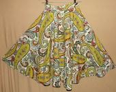 Vintage 1950s Circle Skirt. Cotton Paisley Novelty Print. Novi Label. Small