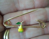 Vintage Enamel Yellow/Green Pear Small Gold Tone Pin/Brooch Safety Pin Style Childs/Kids/Little Girls 1960s to 1970s NOS Fruit