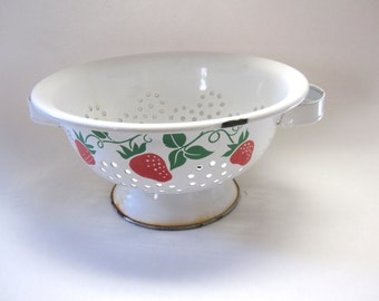 Vintage Colander White Strawberries Teleflora