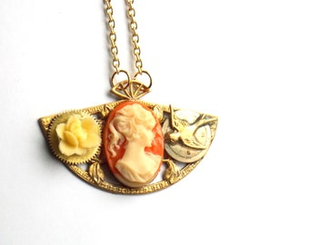 "Victorian Steampunk Necklace ""Cameo on Fan"""