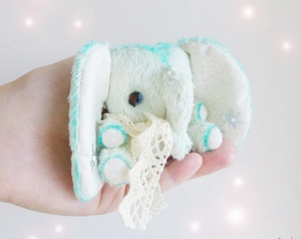 Miniature Elephant Artist Toy - 3 inches