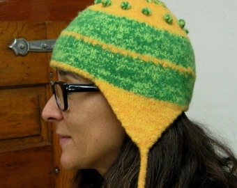 Green and Gold Wool Knit and Felted Packers Helmet in Adult size Medium