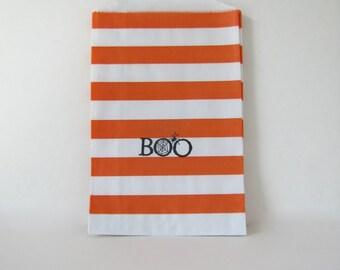 Boo Halloween Treat bags, boo paper treat bags, orange black halloween by Kiwi Tini