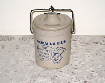 Small Kaukauna Klub Stoneware Wisconsin Cheese Vintage Advertising Crock / Blue Graphics / No Rubber Seal