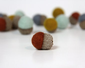 12 Wool Acorns Rust Gray Mint Mustard Needle Felted Woodland Forest Home Decoration