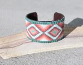 Southwestern seed beaded cuff bracelet// cuff//Navajo bracelet//Navajo loom cuff//cross cuff bracelet//leather cuff//suede cuff bracelet