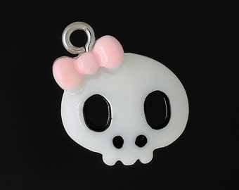 5 Cute White with Pink Bow Resin SKULL Charm Pendants  cha0134