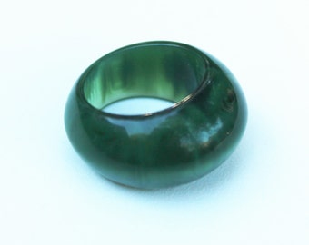 Vintage Green Lucite Ring