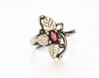 Vintage Silver Leaf Ring with Small Oval Purple Red Glass Stone