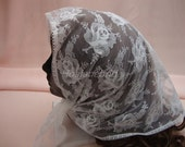 Beautiful floral Lace Scarf, Triangle lace Mantilla, white lace mantilla