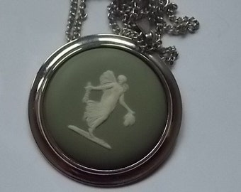 Vintage Wedgwood Green Necklace Cameo BIG