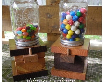 Wooden Candy Dispenser with Mason Jar