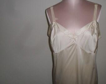 Vintage Full Slip Beige Size 40 Slip dress