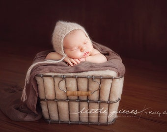 PDF Knitting Pattern - newborn photography_angora_reversible_pixie hat #102