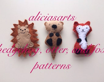 Mini Altoid Tin Plush Animal Hedgehog, Otter, and Fox Pattern