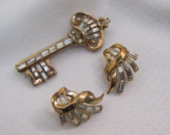 1950's Alfred Phillipe Patent 159520 Golden Key and Matching Earrings