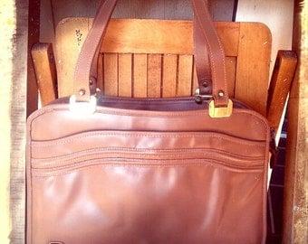 RETRO   ///   NOS  Taupe Leather Bag