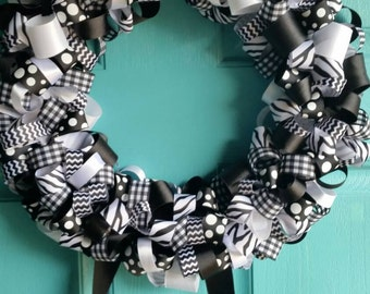 Bkack and White Ribbon Wreath with Streamers- wreath ribbon wreath zebra wreath bow holder door wreath room decor birth announcement hairbow