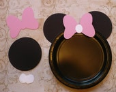 Minnie Mouse DIY Craft Birthday Plate Black Circle Medium Pink Bows Shapes Die Cuts DIY Kids Birthday Party Cricut Circle Shapes