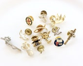 lot religious religious pins angels pins all wearable assorted assemblage 13 pcs lot R2