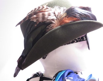 SALE///Vintage Mr. John Hunter Green Fedora Hat With Feather Plumage