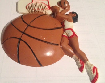 1991 HOMCO BASKETBALL  wall-plaque Burwood Products plastic resin