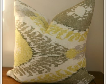 Richloom Chimayo Linen Blend Ikat Lemon Sorbet Pillow Covers / 20x20 inches