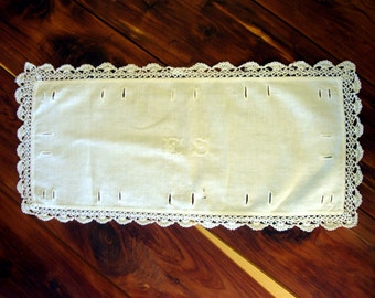 Vintage embroidered doily doilie crocheted lace edge edging initials E S