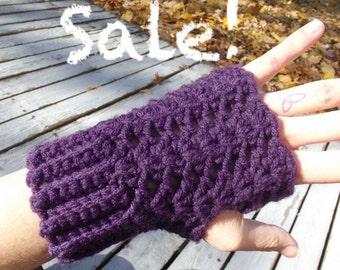 25% Off Crochet Berry Purple Fingerless Gloves - Sale
