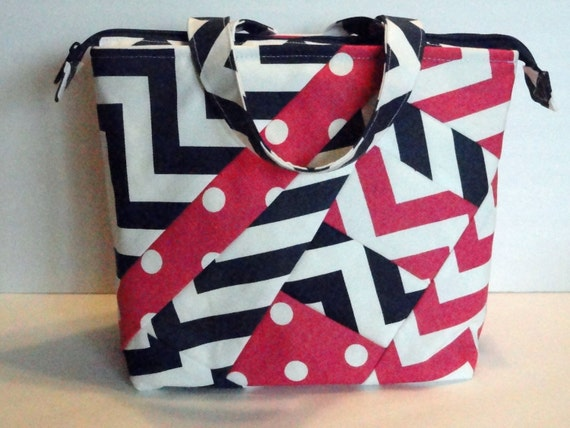 lunch bag adult lunch tote bag insulated womens by sewprodesigns. Black Bedroom Furniture Sets. Home Design Ideas