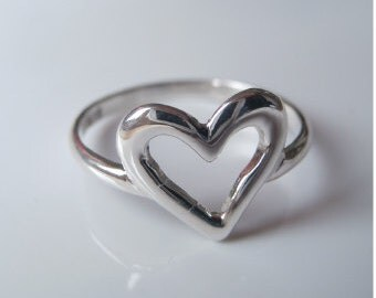 SALE Open Heart Ring Love Ring Silver Heart Valentines day- Sterling Silver (925)